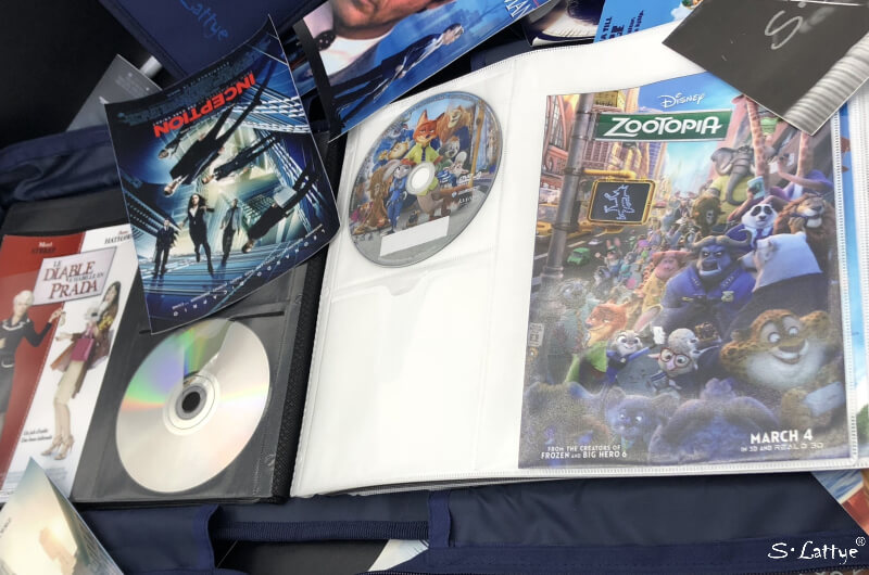 DVD storage binder with cover art